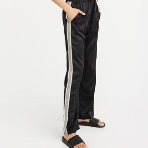 Abercrombie Fitch High Rise Wide Leg Track Pant S